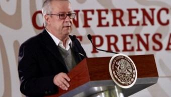 Foto: El titular de la Secretaría de Hacienda, Carlos Urzúa, acompañó al presidente Andrés Manuel López Obrador en su conferencia matutina, Ciudad de México, México, febrero 6 de 2019 (Notimex)