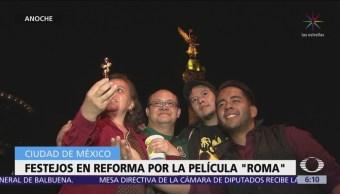 Celebran en Ángel de la Independencia triunfo de 'Roma' en los Oscar