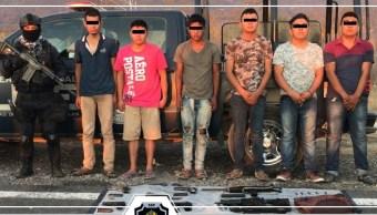 Foto; Detienen a once personas con armas en Guerrero. 28 de febrero 2019. (Twitter @SSPGro