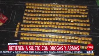Detienen a un hombre con 290 bolsas de droga en Colima