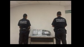 Aseguran miles de dólares, euros y francos suizos en aeropuerto de Cancún
