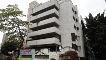 Foto: Fachada del edificio Mónaco, guarida de Pablo Escobar en Medellín, 22 de febrero de 2019, Colombia