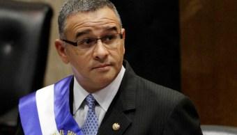 Foto: El presidente Mauricio Funes habla ante la Asamblea Nacional de El Salvador el 1 de junio de 2012