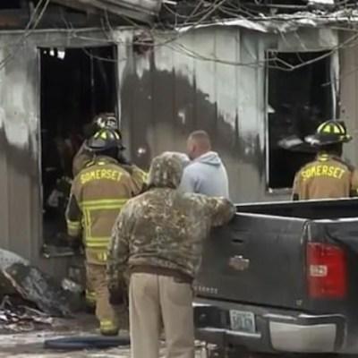Muere niño en incendio al tratar de rescatar a su perro en EU