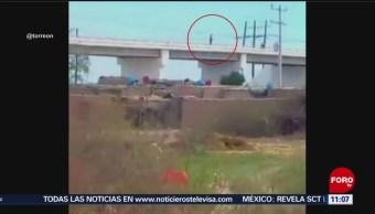 Mujer se lanza de un puente y sobrevive en Coahuila