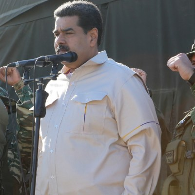 Maduro realiza ejercicios militares con mensaje para Trump
