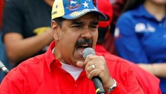Foto: Los gestos del presidente de Venezuela, Nicolás Maduro, al hablar durante un mitin en apoyo al gobierno y para conmemorar 20 años de la llegada a la presidencia del fallecido Hugo Chávez en Caracas, Venezuela, 2 de febrero de 2019 (Reuters)