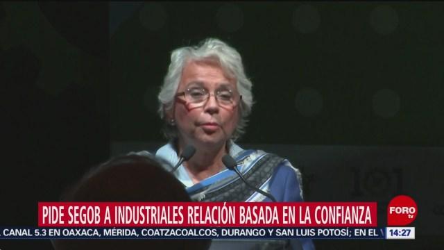 Foto: Olga Sánchez pide apoyo a industriales