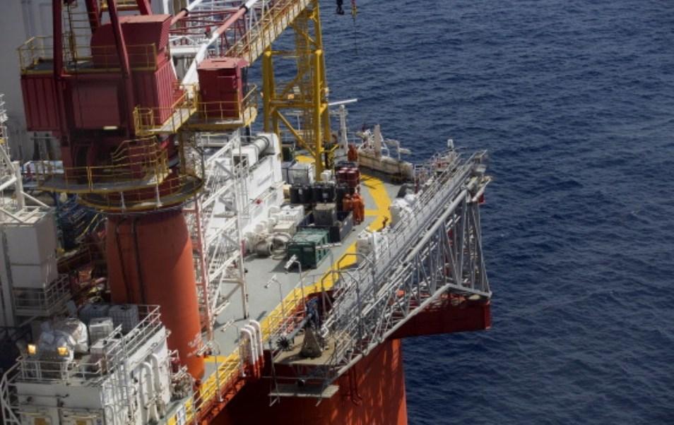Foto: Operaciones en las plataformas de petróleo crudo en aguas profundas de Pemex, Golfo de México, 26 de febrero de 2018 (Getty Images)