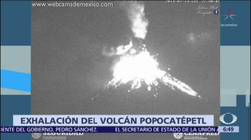 Popocatépetl expulsa material incandescente tras intensa exhalación