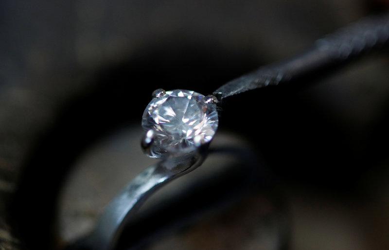 0246c3b91ede Condenan a 8 años a turista que tragó diamante para robarlo en Turquía