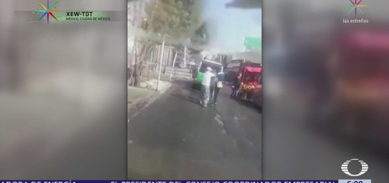 Sujetos roban artículos de camioneta de CFE en Iztapalapa