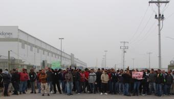 Foto: Suman mil 500 trabajadores despedidos de maquiladoras en Matamoros, Tamaulipas. 12 febrero 2019