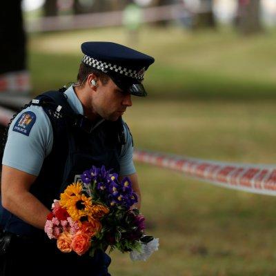 Primera Ministra de Nueva Zelanda cuestiona a Facebook por retransmisión de atentado