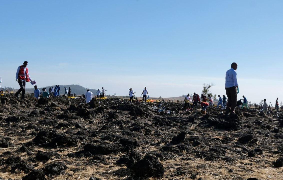 Foto: La aeronave se estrelló en la zona de Hejeri, cerca de la localidad de Bishoftu, situada a unos 42 kilómetros al sudeste de Adís Abeba, el 10 de marzo de 2019 (Reuters)