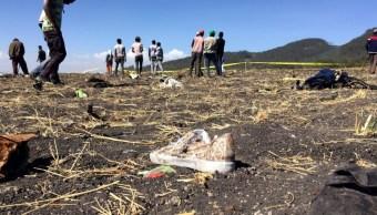 Foto: Imagen del sitio donde se estrelló un avión en Etiopía, marzo 10 de 2019 (Twitter: @trtworld)