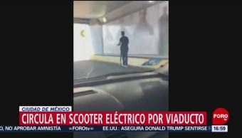 Foto: Circula scooter eléctrico sobre Viaducto en CDMX