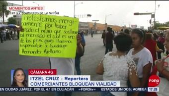 Foto: Comerciantes del Mercado de Jaimaica bloquean Eje 3