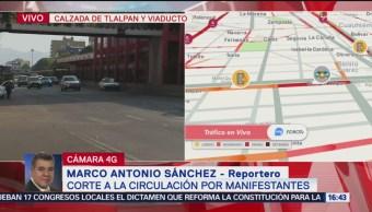 Foto: Comerciantes liberan tránsito tras bloqueo en Calzada de Tlalpan y Viaducto