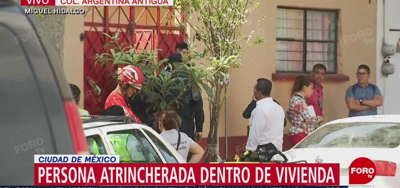 Foto: Dialogan para liberar a persona en la colonia Argentina Antigua