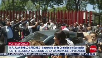 Foto: Diputados quedan atrapados en San Lázaro por bloqueo de la CNTE