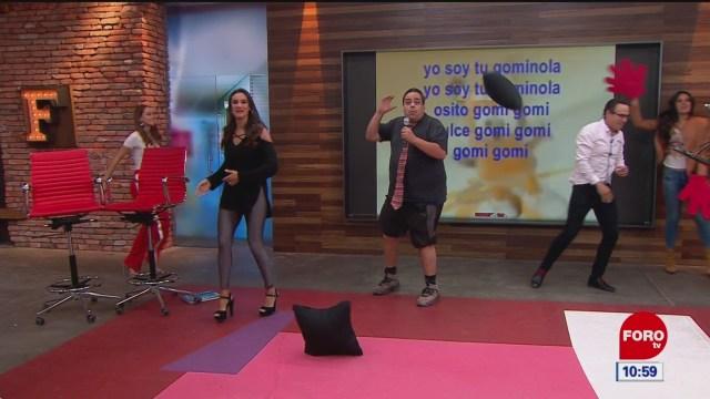 Foto: El Repor canta en el Karaoke de Expreso de la Mañana