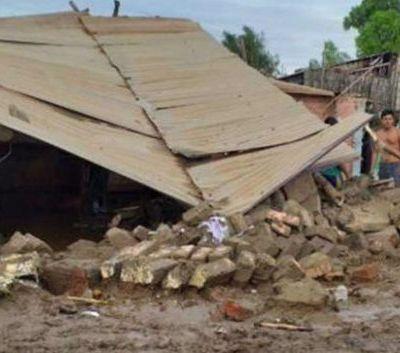 Nueve muertos y diez heridos por derrumbe de iglesia en Perú