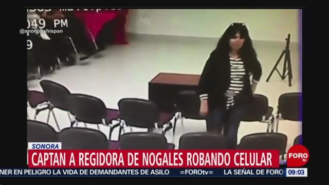 FOTO:Graban a regidora de Morena en Nogales, Sonora, robando un celular, 24 Marzo 2019