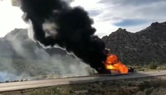 Foto: Explota pipa de combustible en Sonora, 4 de marzo 2019. Twitter @VictorMendozaL