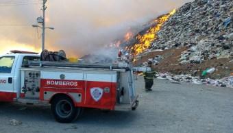 Foto: Incendio en Relleno Sanitario de Zacatecas. 13 de marzo 2019. Twitter @PCEstatalZac