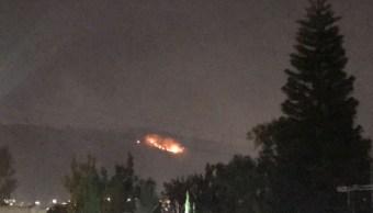 Foto: El miércoles por la tarde ocurrieron dos incendios de pastizal seco en la parte alta del Cerro Sierra de Guadalupe., 28 marzo 2019