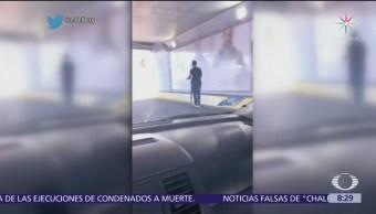 Joven transita en monopatín sobre Viaducto Miguel Alemán, CDMX