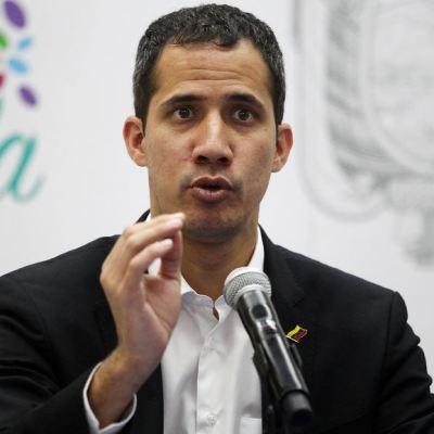Guaidó pide manifestarse el lunes ante su inminente regreso a Venezuela