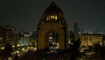 México celebra La Hora del Planeta en medio de contingencia ambiental