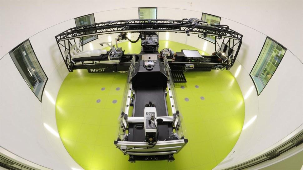 La máquina centrífuga de 'brazo corto' es devolverá la circulación a los cuerpos de los voluntarios para simular de mejor forma la eperiencia de la ingravidez (DLR)