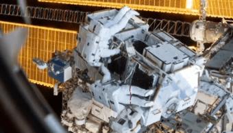 La NASA cancela la primera caminata espacial de mujeres por un traje de talla incorrecta (Noticieros Televisa)