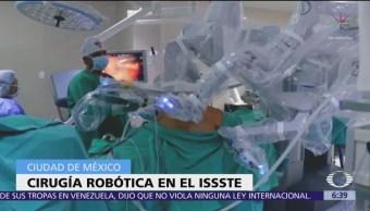 Realizan cirugía robótica a niña con dos úteros