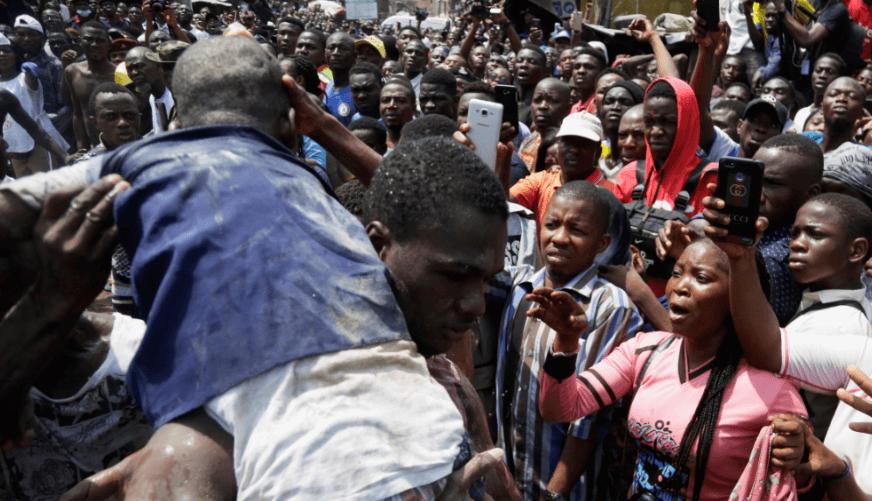 FOTO Nigeria acelera búsqueda de sobrevivientes tras derrumbe de escuela AP lagos 14 marzo 2019