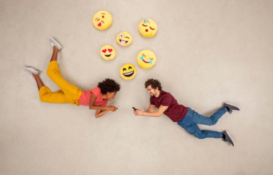 Aplicaciones de citas: Cómo sobrevivir a la ansiedad del romance en línea