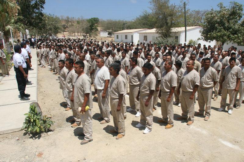 trasladan a reos de islas marias a penal en coahuila
