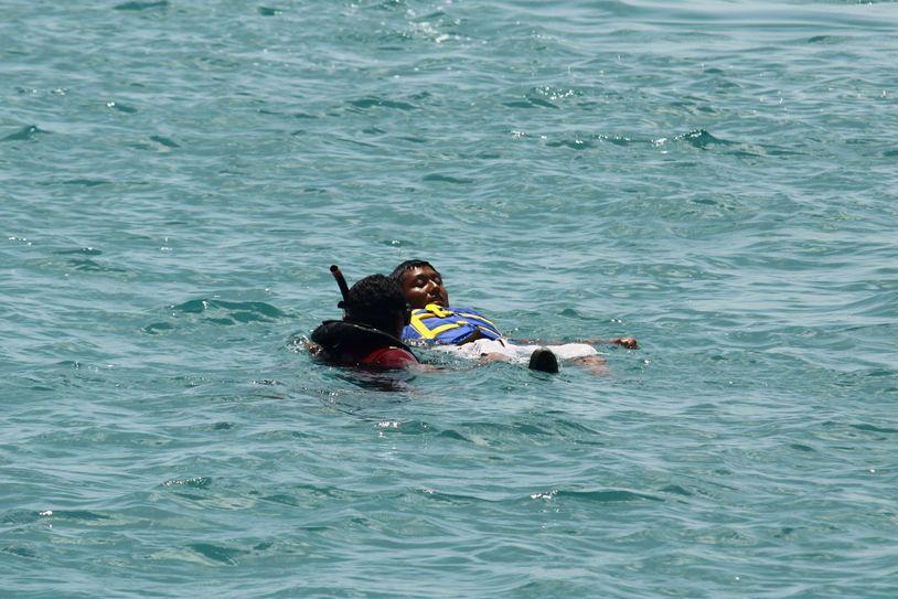 salvavidas capacitan menores en puerto escondido oaxaca