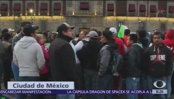 Sheinbaum propone diálogo a protesta de comerciantes frente a Palacio Nacional