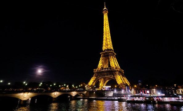 Foto:La Torre Eiffel celebra este fin de semana el 130 aniversario de su inauguración, 30 marzo 2019
