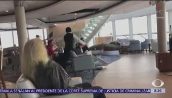Foto: Tripulantes de crucero noruego viven momentos de pánico