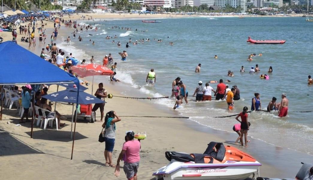Foto: Turistas en el puerto de Acapulco, 10 de marzo 2019. Twitter @PoliturAcapulco