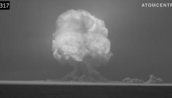 Foto Video remasterizado primera explosión bomba atómica 14 marzo 2019