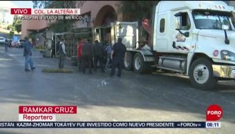 Vuelca tráiler en Naucalpan, Estado de México