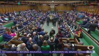 Parlamento británico quita control de Brexit a Theresa May