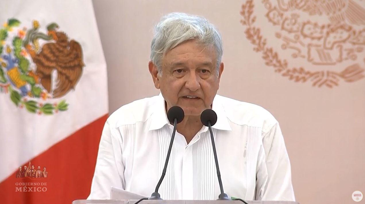 Foto: El presidente Andrés Manuel López Obrador durante la entrega de los Programas Bienestar en Hopelchén, Campeche, el 13 de marzo de 2019 (Gobierno de México)