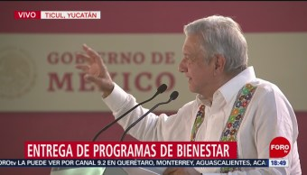Foto: AMLO entrega programas de bienestar en Yucatán